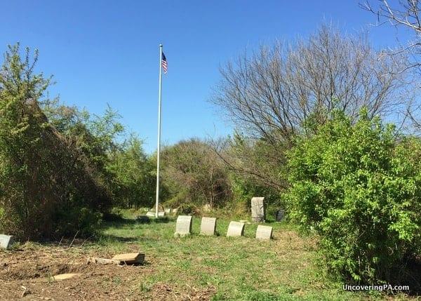 Besty Ross' Grave in Mount Moriah Cemetery.