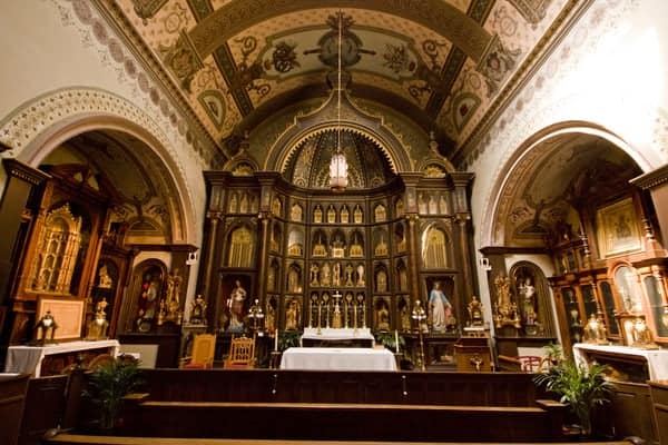 Tours of St Anthony's Chapel in Pittsburgh are free.
