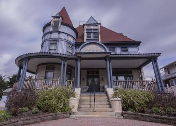 Levi Deal Mansion in Myersdale, Pennsylvania
