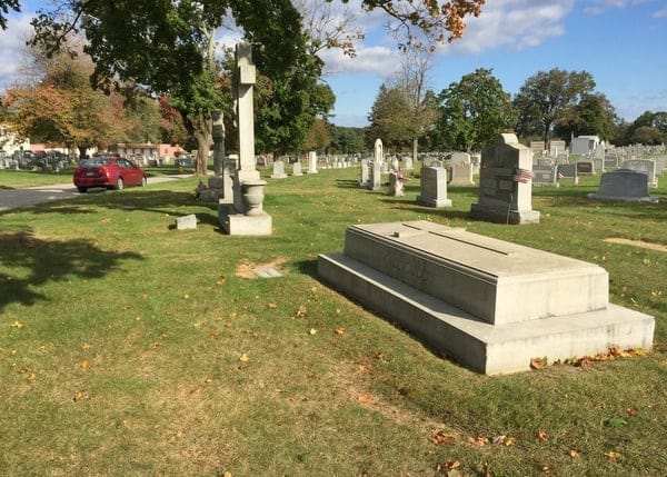 Where is Connie Mack buried in Philadelphia?