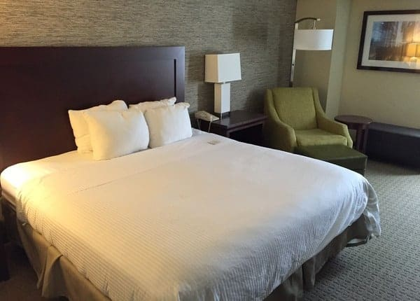 Hotel Review: Wyndham Pittsburgh University Center