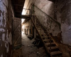 21 Pictures that Prove that Eastern State Penitentiary is the Creepiest Place in Philadelphia