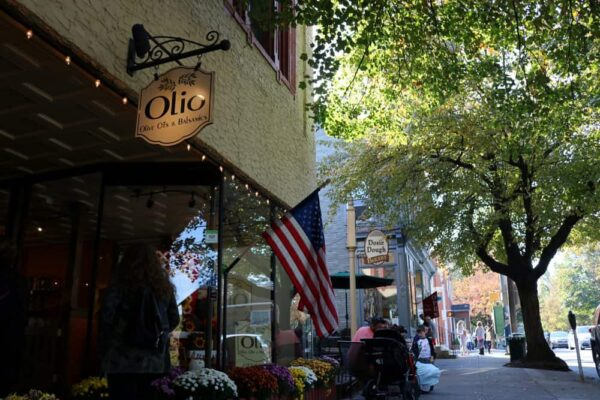 Olio Olive Oil & Balsamics in Lititz, PA