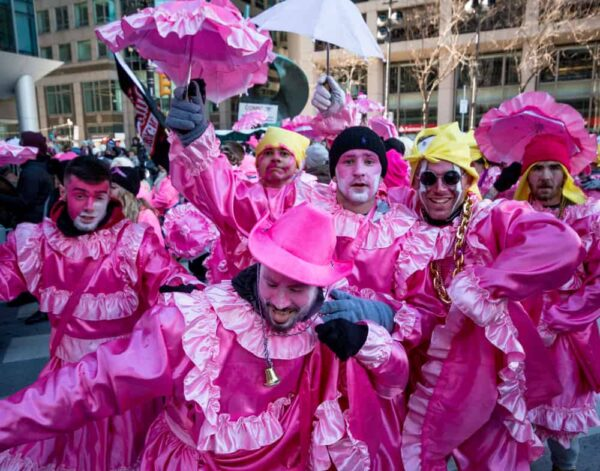Guide to the Mummers Parade: 2nd Street Strut