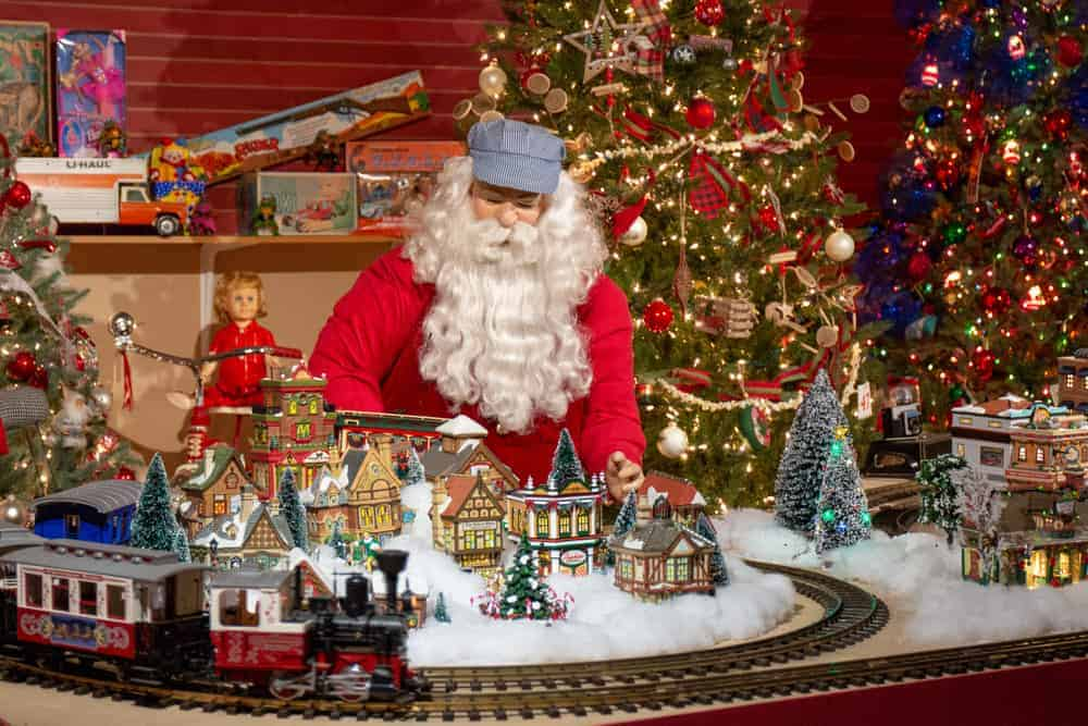 d23c5a602 The 9 Most Festive Christmas Towns in Pennsylvania - UncoveringPA