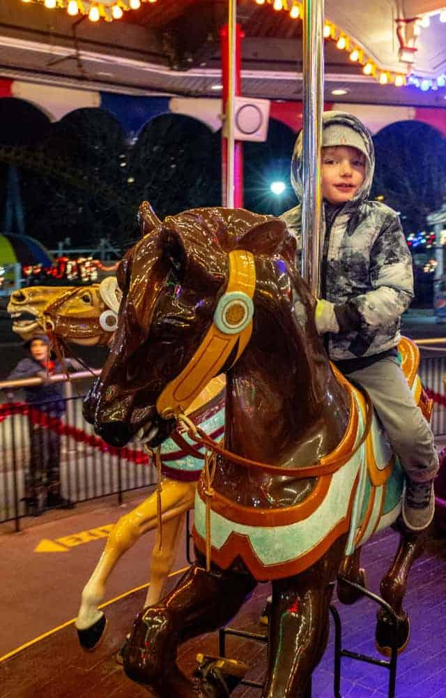 Hershey Park Christmas.Hersheypark Christmas Candylane Review Festive Holiday