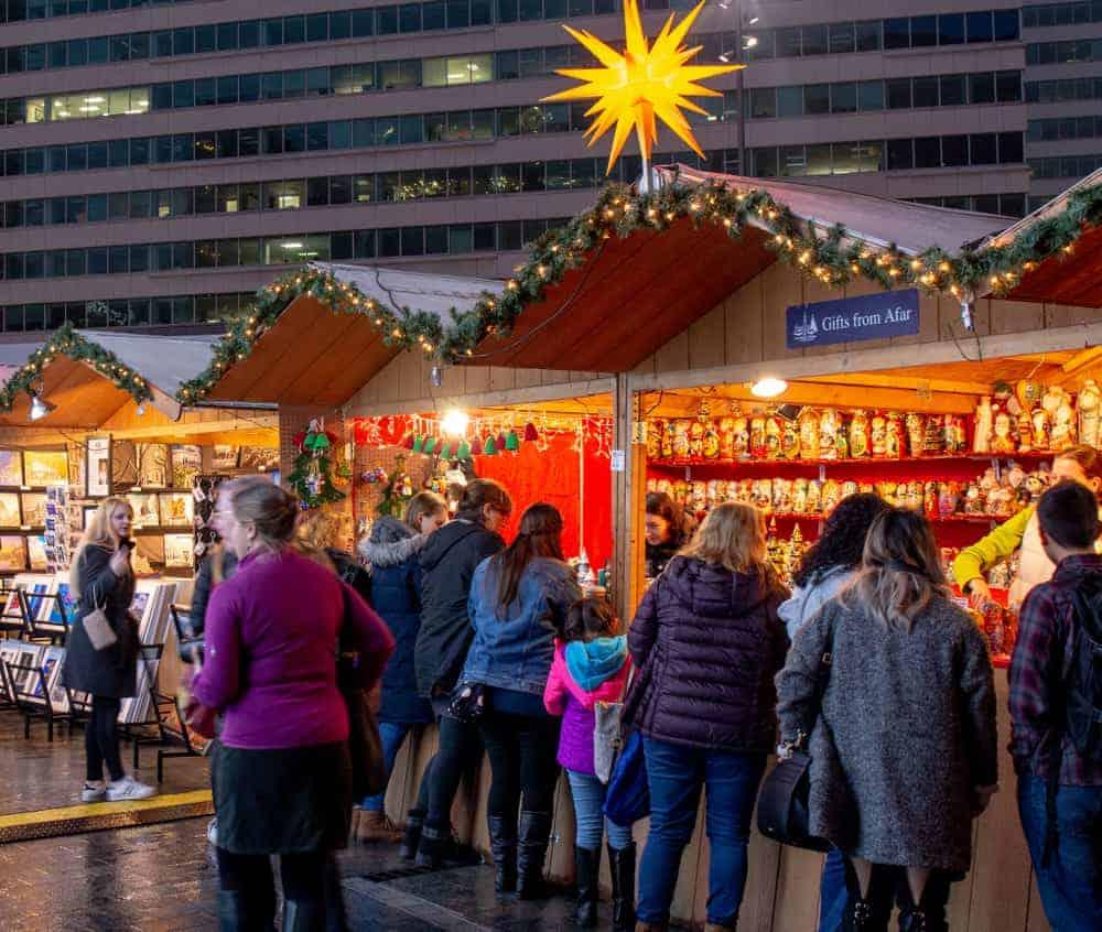 Christmas Village Philadelphia.Exploring The Christmas Markets In Philadelphia S Center