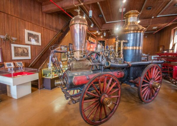 Review of the Firemans Hall Museum in Philadelphia, PA