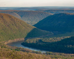 Experiencing the Spectacular Vista at Hyner View State Park