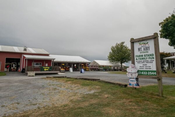 Entrance to Paulu's Orchard near Dillsburg PA