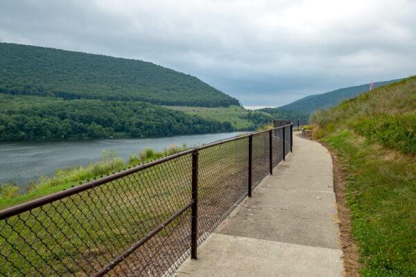 Sidewalk to Tioga Reservoir Overlook