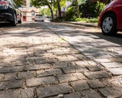 Roslyn Place in Pittsburgh: The Last Wooden Street in Pennsylvania