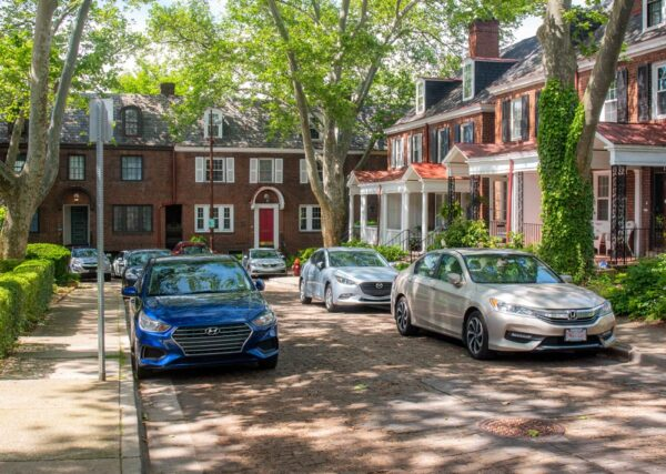 Roslyn Street in Pittsburgh's Shadyside neighborhood.