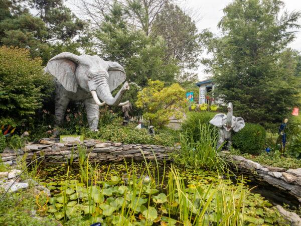 Garden at Mr. Ed's Elephant Museum in Gettsyburg Pennsylvania