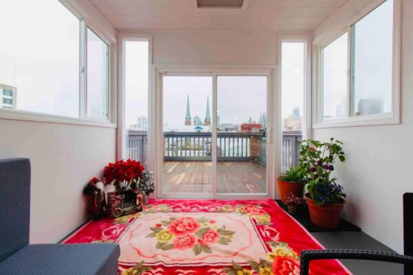 Airbnb in Philly with Sauna and view