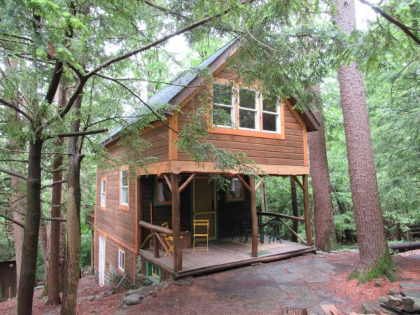 Charming Cabin in the Woods on Airbnb
