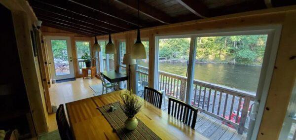 Creekside cabin in the Poconos