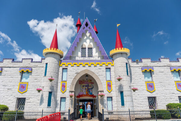 The entrance to Dutch Wonderland in Lancaster PA